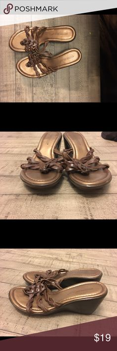 Brown leather sandals Comfortable and cute. Small wedge, leather upper. Minimal wear. Size 7. Shoes Sandals