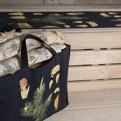 Halkokassi ja laudeliina Mänty 45 x 150 cm, Ebba Masalinin opetustaulutuotteet, Saunatekstiilit - Taito Shop
