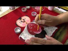 """Aprenda a fazer uma belíssima pintura em tecido, com tema """"Joaninha""""! - YouTube"""