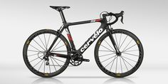 The Limited Edition Cervélo S2 Black.