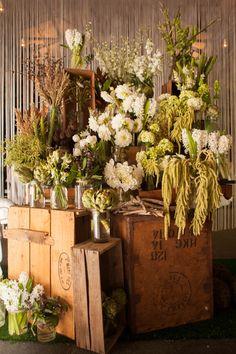 Beautiful wedding flower display by www.poppiesflowers.com.au