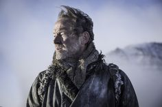 Game of Thrones: Season 7 Episode 16 Things to Know About 'Beyond the Wall' - Jorah Mormont (Iain Glen) Game Of Thrones Episodes, Hbo Game Of Thrones, Game Of Thrones Characters, Mormont Game Of Thrones, Ser Jorah Mormont, Watchers On The Wall, Iain Glen, Game Of Throne Actors, Night King