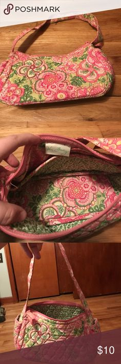 Vera Bradley Small Purse Some slight wear, cold be washed clean. Minimal use. Smoke free. Vera Bradley Bags Mini Bags