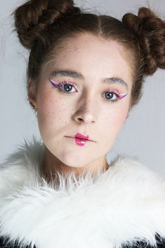 Playing around with slightly more avant garde makeup looks  #makeup #mua #makeupinspiration #creativemakeup #avantgarde #doll #makeuplooks #hair
