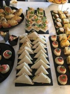 Cook Around Forum Yummy Appetizers, Appetizers For Party, Appetizer Recipes, Wedding Buffet Food, Party Buffet, Birthday Menu, Sweet Buffet, Reception Food, Party Finger Foods