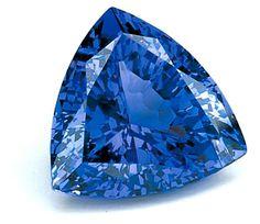 Tanzanite azul. Blue and in trillion cut