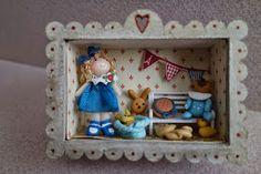 Tumima Dolls: Feria de miniaturas y casitas de muñecas nov 2014 Miniature Dolls, Felt Crafts, Christmas Ornaments, Toys, Holiday Decor, Frame, Home Decor, Love, Lockets