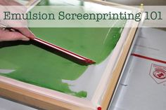 Screen Printing Tutorial Screen printing tutorial that doesn't involve lots of expensive tricky stuff. Here's how I'VE done it before. Substitute the frame for a cheap-o wooden picture frame, and the silkscreen material for sheer curtain material from cr