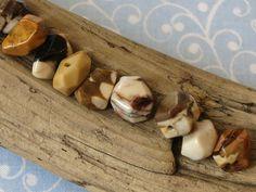 Stuffed Mushrooms, Beige, Vegetables, Food, Petrified Wood, Gemstone Beads, Rhinestones, Diy, Stuff Mushrooms