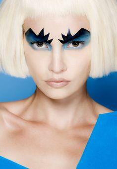 makeup #alien                                                                                                                                                      Más
