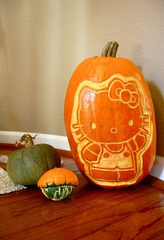Hello Kitty Halloween Carved Pumpkin (2008) by sevenworlds16, via Flickr