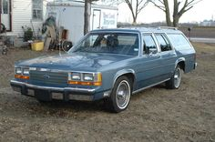 '89 Ford LTD-Crown Victoria Wagon