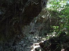 Todoroki cave, Okinawa - Dark Tourism - the guide to dark travel destinations around the world Places Around The World, Around The Worlds, Online Travel, Okinawa, Trench, Places To See, Cave, Travel Destinations, Tourism