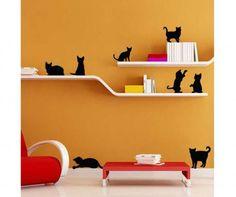 look, Mom: a cat on my shelf!