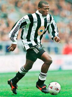 Faustino Asprilla of Newcastle Utd & Colombia in Football Fever, Football Icon, Football Uniforms, Football Soccer, Football Shirts, Good Soccer Players, Football Players, Fifa, All Star