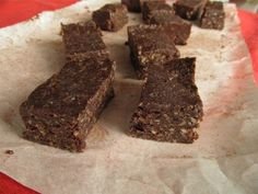 5 Minute 4 Ingredient Raw Power Bars  10 dates or 1 c raisins  1 c nuts or cacoa nibs or chia seeds  1/4 c cocoa powder  1/4 c cocnut oil  Process nuts+add remaining ingredients.  Blend until it begins to clump together. Scrape down the sides if necessary+repeat. Line a loaf pan with plastic wrap, parchment or wax paper. Press mixture firmly into pan+fridge