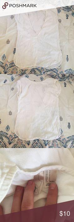 White Open Back Blouse Super cute! Wrinkled a little. Forever 21 Tops Blouses