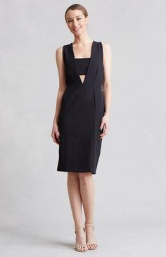A little black dress with a twist! The sewn in bandeau gives a cutout detail for a modern addition to your wardrobe. Designed by Lauren Conrad.…