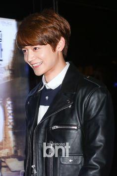 """150401 Minho сегодня на VIP-премьеру фильма """"Salute D'Amour"""" #Shinee #Minho"""