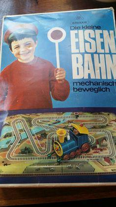 Bekijk dit items in mijn Etsy shop https://www.etsy.com/listing/478295741/kohler-germany-wind-up-toy-trein-on
