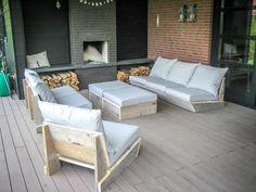 Outdoor Furniture Plans, Porch Furniture, Garden Furniture, Outdoor Sofa, Outdoor Living, Furniture Design, Outdoor Decor, Floor Couch, Barn House Plans
