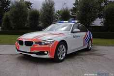 BMW 328i : The new weapon of the federal police