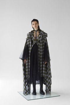No Sooner Said Than Done — Georgette Magazine Avangard Fashion, China Fashion, Fashion Details, Unique Fashion, Runway Fashion, Fashion Clothes, Fashion Show, Fashion Women, Fashion Outfits