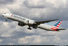 Boeing 777-323/ER aircraft picture