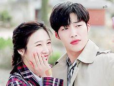 cuties ♡ Korean Couple, Best Couple, Lee Young Suk, Wedding Couples, Cute Couples, Wedding Couple Cartoon, Kdrama, Wedding Budget Planner, Hyun Soo