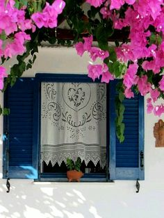 Bouganvillea and Crochet... Greece