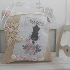 Vintage inspired pincushion by Pico Crafts