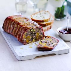 This pork and apricot terrine is the ultimate make-ahead starter – it can be assembled and cooked up to 3 days ahead. It also transports well in its mould, so it's ideal for a summer picnic. Mousse, Hp Sauce, Charcuterie, Christmas Starters, Simply Yummy, Gastro Pubs, Pub Food, Appetisers, Tapas