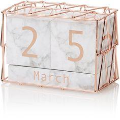 Marble and Copper-effect Calendar Block Kalenderblock mit Marmor- und Kupfereffekt Room Decor Bedroom Rose Gold, Marble Room Decor, Rose Gold Rooms, Room Ideas Bedroom, Diy Bedroom, Copper Bedroom Decor, Bedroom Desk, Décoration Rose Gold, Rose Gold Decor