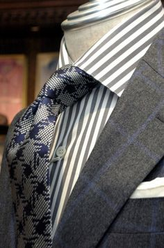 Bespoke Suit / CANONICO SAXONY 150's Bespoke Suit : fabric by CANONICO Shirt : LUIGI BORRELLI Tie : Altea Chief : MUNGAI