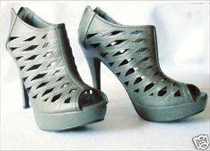 Womens-Size-10-Stilettos-Grey-Platform-High-Heels-Shoes-Twisted