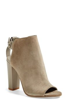 I'm completely in love with these suede booties! Perfect for season transition and on into fall!