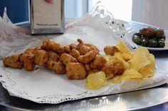 Papelón de pescaito frito de Freiduria La Isla #Sevilla
