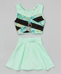 Super skirt outfits for teens summer crop tops ideas Source by outfits ideas crop tops Young Girl Fashion, Girls Fashion Clothes, Kids Outfits Girls, Cute Girl Outfits, Cute Outfits For Kids, Teenager Outfits, Teen Fashion Outfits, Cute Summer Outfits, Cute Casual Outfits