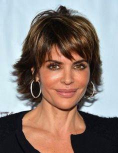 coiffure-femme-40-ans-visage-rond.jpg (236×306)