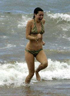Shame! alyson hannigan sexy topless removed