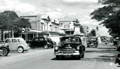 Old cars from the Bulawayo, Rhodesia (Zimbabwe) Zimbabwe, Feature Film, Old Cars, Dream Cars, South Africa, Landscape Photography, The Good Place, 1950s, The Past
