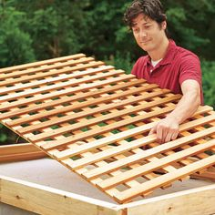 Photo Kolin Smith from How to Build a Wood Lattice Fence how to build lattice fence panels Set the Lattice in Place How to Build a Trellis This Old House Homemade Wo. Privacy Landscaping, Backyard Privacy, Backyard Fences, Garden Fencing, Backyard Projects, Landscaping Ideas, Front Yard Fence, Fence Gate, Dog Fence
