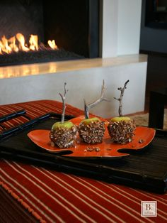 Homemade caramel apples made with #BToffee