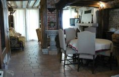 1 Bedroom Cottage in Pont Audemer to rent from £303 pw. With balcony/terrace.
