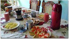 Detalle de un almuerzo. Vinales, Cuba, Table Settings, Table Decorations, Home Decor, Horse Drawn Wagon, Lunches, Decoration Home, Room Decor