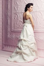 Gown 4258 | Paloma Blanca