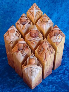 COOL carved nativity!! Maybe make chess pieces carved this way