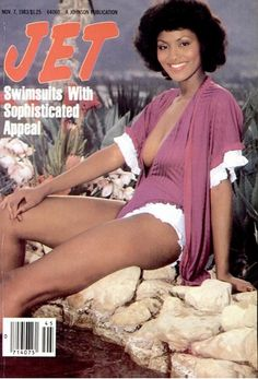 The weekly source of African American political and entertainment news. Jet Magazine, Black Magazine, Ebony Magazine Cover, Magazine Covers, Foxy Brown Pam Grier, Vintage Black Glamour, Vintage Beauty, Newspaper Cover, Beauty And The Beat