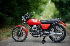 Moto Guzzi v50 roadster