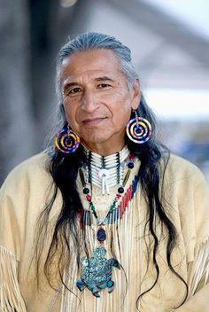 Native American Wisdom, Native American Beauty, Native American Photos, Native American Tribes, Native American History, American Indians, Chumash Indians, Indigenous Peoples Day, American Pride
